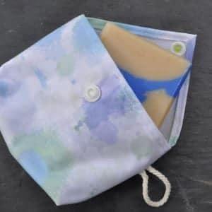 pochette à savon avec savon